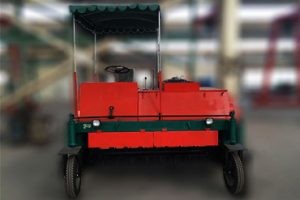 self propelled compost turner machine